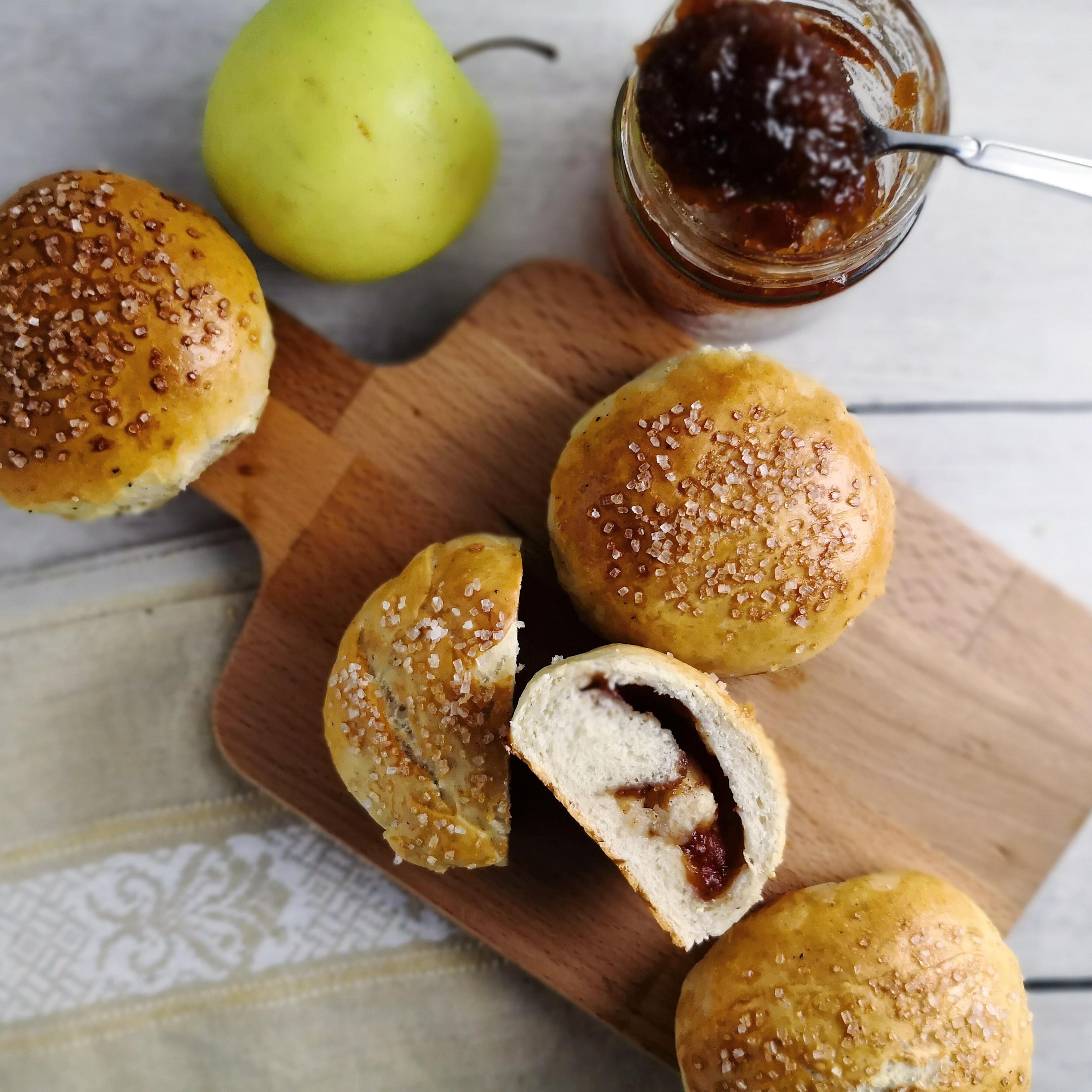 Shrovetide Buns with Apple Cinnamon Jam
